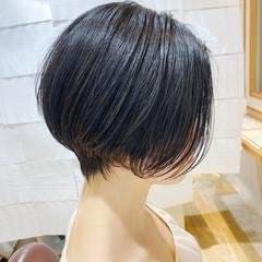 ベリーショート 小顔ショート 耳掛けショート ショートヘア ヘアスタイルや髪型の写真・画像