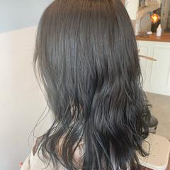 ロング 大人可愛い 透明感カラー ナチュラル ヘアスタイルや髪型の写真・画像