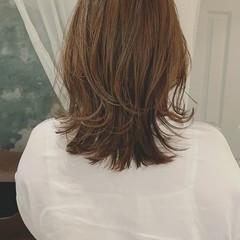 デート ミディアム 外ハネボブ ハイライト ヘアスタイルや髪型の写真・画像