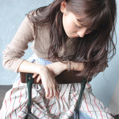 アンニュイ 抜け感 ナチュラル ウェーブ ヘアスタイルや髪型の写真・画像