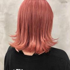 ブリーチ ブリーチ必須 ピンク ナチュラル ヘアスタイルや髪型の写真・画像