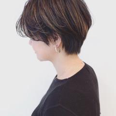 ハイライト かっこいい ブルーアッシュ 暗髪 ヘアスタイルや髪型の写真・画像