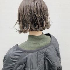 カジュアル ストリート ニュアンスヘア 切りっぱなしボブ ヘアスタイルや髪型の写真・画像