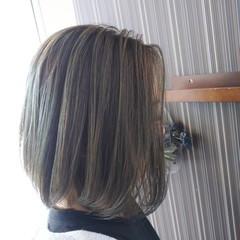 アッシュ イルミナカラー ヘアカラー ナチュラル ヘアスタイルや髪型の写真・画像