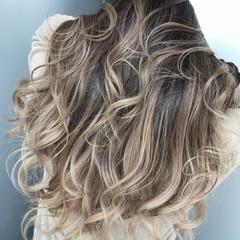 ハイライト 外国人風 ロング グラデーション ヘアスタイルや髪型の写真・画像
