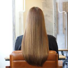 ナチュラル ロング トリートメント ヘアスタイルや髪型の写真・画像