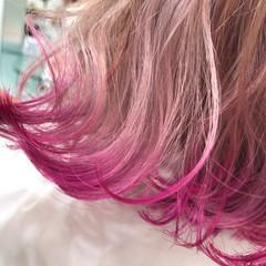 ショートヘア ボブ 切りっぱなしボブ 裾カラー ヘアスタイルや髪型の写真・画像
