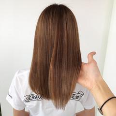 ストレート セミロング 髪質改善トリートメント エレガント ヘアスタイルや髪型の写真・画像