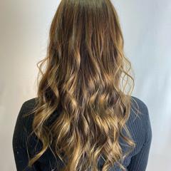 エアーストレート エアリー エレガント ロング ヘアスタイルや髪型の写真・画像