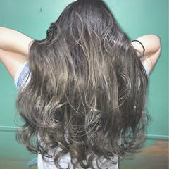 ブリーチ モード ハイトーン ロング ヘアスタイルや髪型の写真・画像