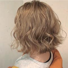 ショートヘア ボブ 切りっぱなしボブ ストリート ヘアスタイルや髪型の写真・画像