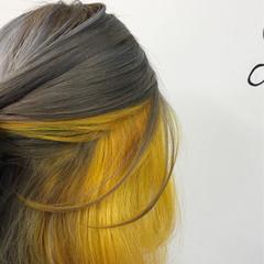 グレージュ ブリーチ インナーカラー ストリート ヘアスタイルや髪型の写真・画像