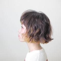 ストリート インナーカラー パーマ ショート ヘアスタイルや髪型の写真・画像