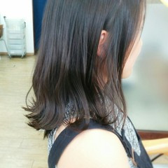 外ハネ ストレート ミディアム 暗髪 ヘアスタイルや髪型の写真・画像