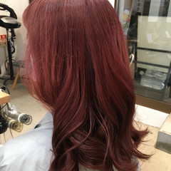 ピンク 巻き髪 ロング ブリーチ必須 ヘアスタイルや髪型の写真・画像
