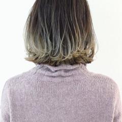 グラデーションカラー バレイヤージュ ボブ アッシュ ヘアスタイルや髪型の写真・画像