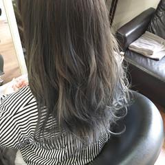 ロング アッシュ ローライト モード ヘアスタイルや髪型の写真・画像