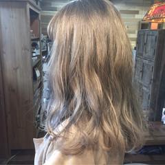ダブルカラー モード インナーカラー 外国人風カラー ヘアスタイルや髪型の写真・画像