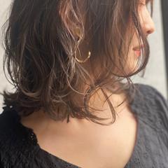 ナチュラル可愛い セミロング ナチュラル アンニュイほつれヘア ヘアスタイルや髪型の写真・画像