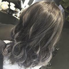 黒髪 ミディアム レイヤーカット アッシュ ヘアスタイルや髪型の写真・画像