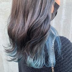 透明感カラー インナーブルー ハイトーンカラー ナチュラル ヘアスタイルや髪型の写真・画像