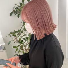 ピンクベージュ ダブルカラー ピンクラベンダー ボブ ヘアスタイルや髪型の写真・画像