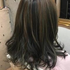 グレー アッシュ ミント ナチュラル ヘアスタイルや髪型の写真・画像
