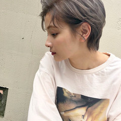 ショートヘア ストリート アッシュグレージュ ショート ヘアスタイルや髪型の写真・画像