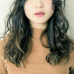 ハイライト ミディアム ブラウン 外国人風 ヘアスタイルや髪型の写真・画像