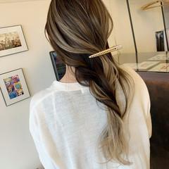 ナチュラル バレイヤージュ ピンクベージュ エクステ ヘアスタイルや髪型の写真・画像