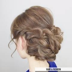 まとめ髪 ナチュラル 大人かわいい 三つ編み ヘアスタイルや髪型の写真・画像