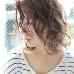 パーマ ハイライト 外国人風 ストリート ヘアスタイルや髪型の写真・画像