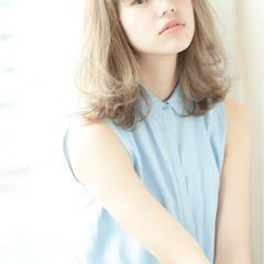大人かわいい ナチュラル 外国人風 ブラウン ヘアスタイルや髪型の写真・画像