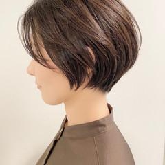 デート ショートボブ ショート オフィス ヘアスタイルや髪型の写真・画像