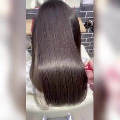 ロング 髪質改善トリートメント ナチュラル 暗髪女子 ヘアスタイルや髪型の写真・画像