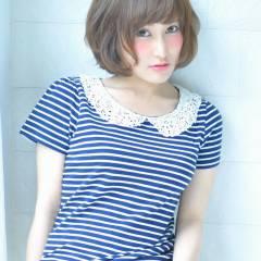 外国人風 ボブ フェミニン 大人かわいい ヘアスタイルや髪型の写真・画像
