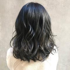 ミディアム デート 透明感カラー アンニュイほつれヘア ヘアスタイルや髪型の写真・画像