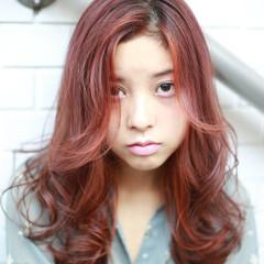 簡単ヘアアレンジ ラベンダーピンク ナチュラル インナーカラー ヘアスタイルや髪型の写真・画像
