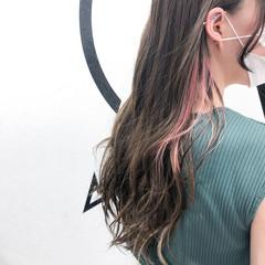 ロング ブリーチカラー ブリーチオンカラー イヤリングカラー ヘアスタイルや髪型の写真・画像