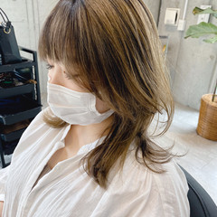 セミロング バレイヤージュ レイヤーカット エレガント ヘアスタイルや髪型の写真・画像