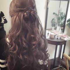 ねじり ヘアアレンジ ロング ハーフアップ ヘアスタイルや髪型の写真・画像