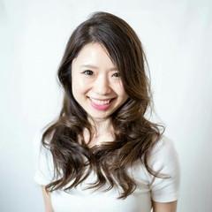 おフェロ セミロング モード フェミニン ヘアスタイルや髪型の写真・画像