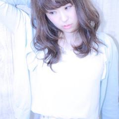 外国人風 アッシュ ピュア フェミニン ヘアスタイルや髪型の写真・画像