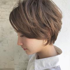 くせ毛風 アンニュイ パーマ ナチュラル ヘアスタイルや髪型の写真・画像