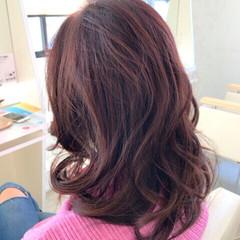 パーマ ピンク ベージュ 透明感 ヘアスタイルや髪型の写真・画像