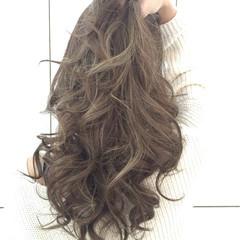 ガーリー ショート 簡単ヘアアレンジ ゆるふわ ヘアスタイルや髪型の写真・画像
