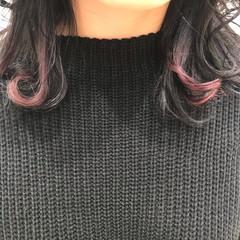 インナーカラー セミロング アクセサリーカラー ポイントカラー ヘアスタイルや髪型の写真・画像