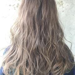 グラデーションカラー ハイトーン ハイライト ロング ヘアスタイルや髪型の写真・画像