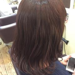 ピンク レッド ミルクティー ナチュラル ヘアスタイルや髪型の写真・画像