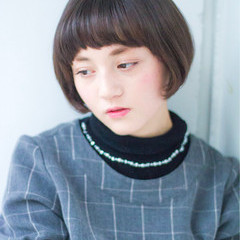 ナチュラル 大人女子 小顔 ニュアンス ヘアスタイルや髪型の写真・画像